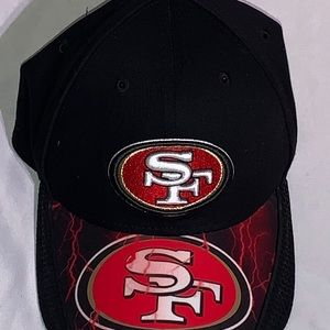San Francisco 49ers Adjustable Lightning Snapback